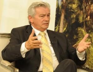Presidente-da-AL-deputado-Arnaldo-Melo1